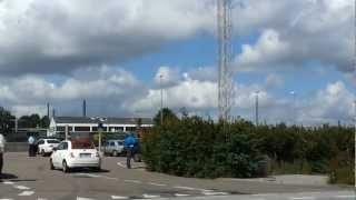 Lægehelikopteren lander og letter i Holbæk - 02/07-2012