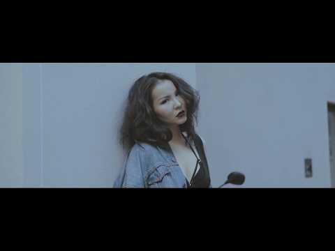 Hishigdalai ft Naki - Mi Senti (Official Video)