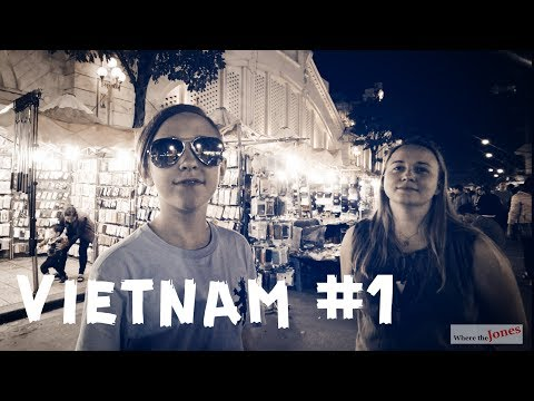 FAMILY TRAVEL VIETNAM 🇻🇳 HANOI NIGHT MARKET 🎈 A festival every weekend (2018)