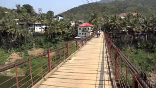 Pont en bois à Muang Khua- Nord Laos