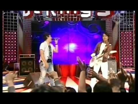WALI - Aku Bukan Bang Toyib, Live Performed di Derings (Courtesy TransTV)