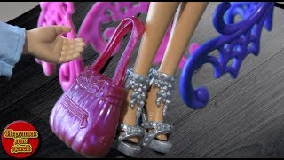Мультики Барбі нові серії Барбі спіймала злодія дивитися Barbie російською