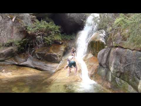 Travel Vlog: Australia 2014 - #013 / Giant Mega Waterfall Slide! (english)