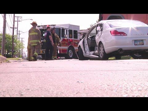 2 cars collide near Dayton VA