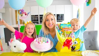 Gaby and Alex are prepare Birthday Surprises and Sweets for Mama