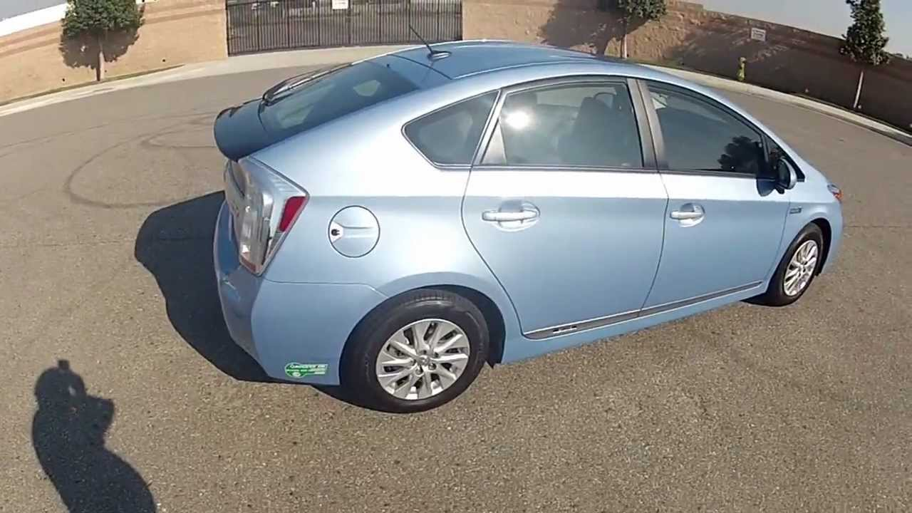 2017 Hov Sticker Equiped Prius Plug In Outside View