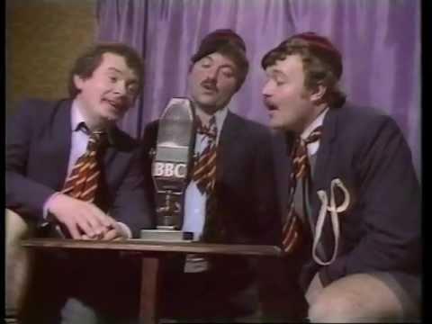 Dafydd Iwan ac Ar Log- Blewyn Bach Gwyn