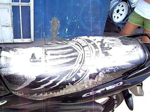 Tapicer a en per tapizado asiento de youtube for Tapiceria de asientos de moto