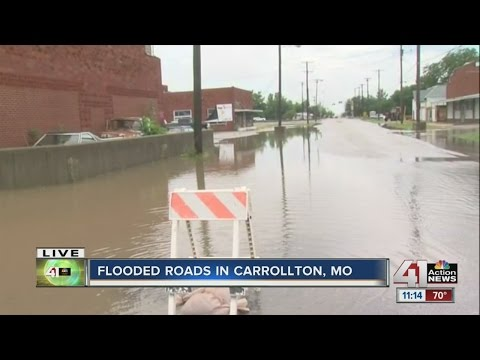 Overnight rain causes flooding in Carrollton, Missouri