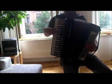 Yann Tiersen: J'y Suis Jamais Allé (Amélie) + accordion sheets