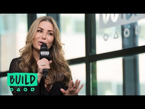 """Pnina Tornai Stops By To Talk About """"Say Yes to the Dress"""" & The 2019 LOVE Collection"""