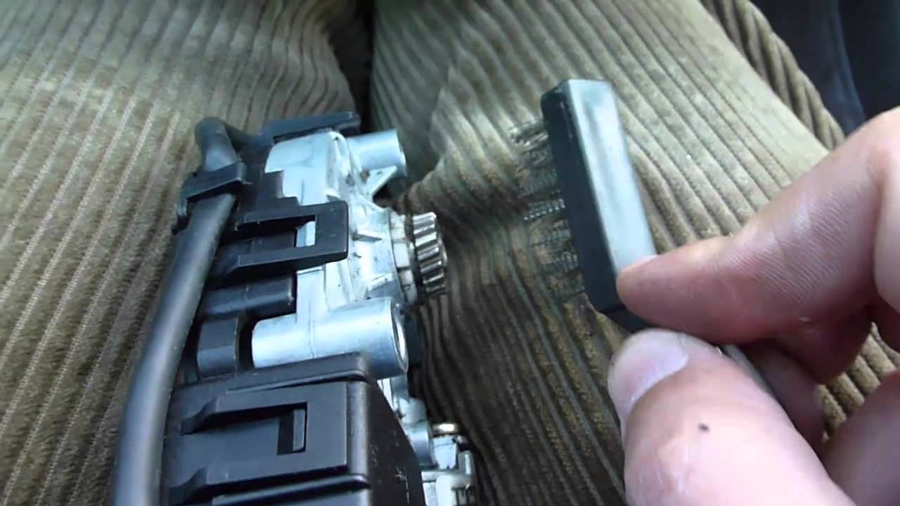 Fix Audi A6 Sunroof Motor Gear Not Catching  YouTube