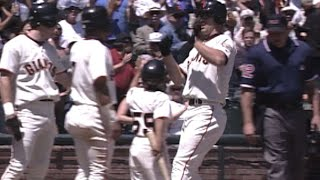 MIL@SF: Kent hits grand slam in 2nd inning