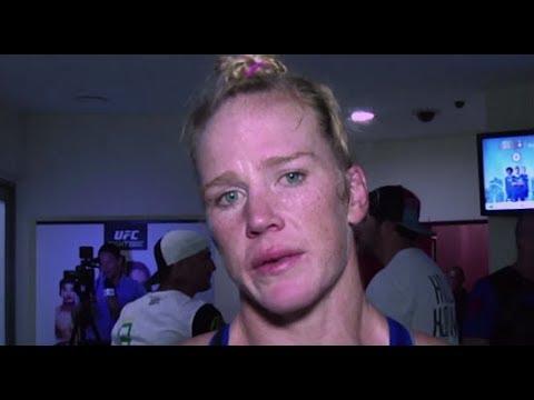 UFC Singapura: Entrevista de backstage com Holly Holm
