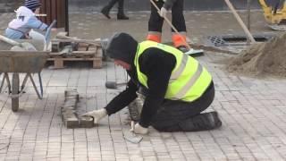 «Вечная» реконструкция центра Симферополя(В Симферополе фирма-подрядчик устраняет недочеты, допущенные во время реконструкции центральных улиц..., 2017-02-09T08:05:12.000Z)