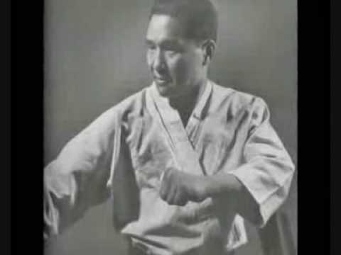 Mas Oyama and Masahiko Kimura 2 of the greatest fighters in the 20th century