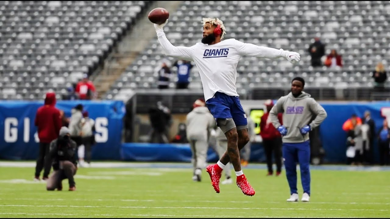 f27b0953a Giants  Odell Beckham 1-handed catches in warmups - YouTube