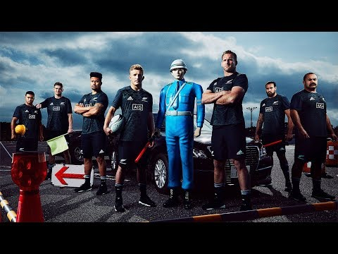 Japanese driving tips with the All Blacks