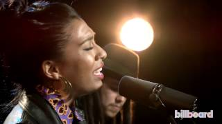 Melanie Fiona Sings Whitney Houston