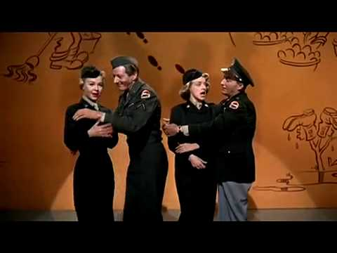 Danny Kaye & Bing Crosby - Back in The Army.mov
