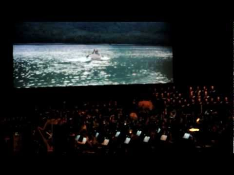 The Lord of the Rings Symphony Orchestra - The Breaking of the Fellowship and May It Be (Paris)
