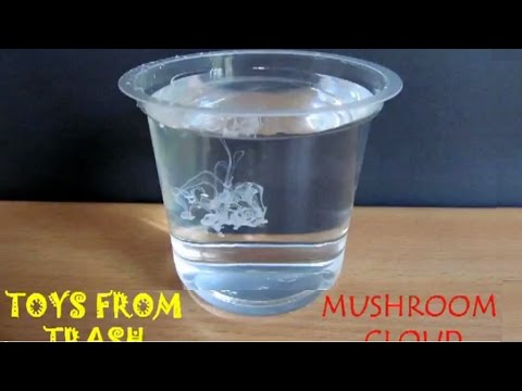 MUSHROOM CLOUD - ENGLISH -  Milk drop in water makes a Mushroom Cloud.