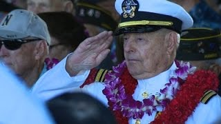 Thousands Honor 75th Anniversary of Pearl Harbor
