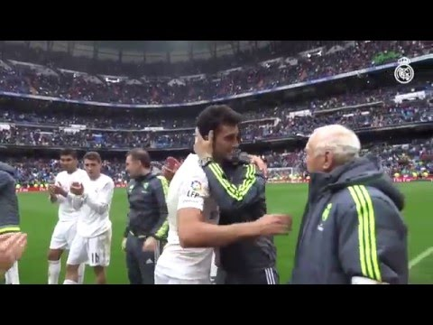 Álvaro Arbeloa bids farewell to the Bernabéu