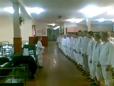 Видео казарма утренни стояк у парней 2 фотография