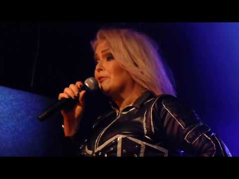 KIM WILDE  YOU CAME & YOU KEEP ME HANGIN ON  IN SHEFFIELD 13418