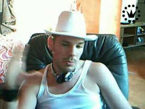 maximilian dating