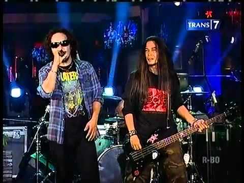 Jamrud   Kabari Aku Live @Musiklopedia Trans7   YouTube