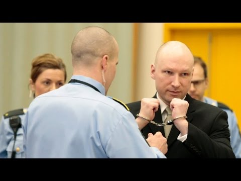 Mass murderer wins lawsuit against Norwegian government