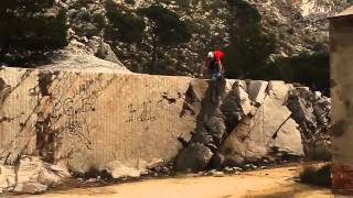 Epic BMX Bike Parkour(Really cool BMX guy on a random hill in spain. Video by: mikagosz666 His channel: http://www.youtube.com/user/mikagosz666?feature=watch., 2013-06-22T15:03:07.000Z)