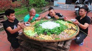 Hữu Bộ   Làm Nia Bún Đậu Mắm Tôm Khổng Lồ To Nhất Việt Nam