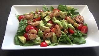 Теплый салат с авокадо и креветками.      Warm salad with avocado and prawns