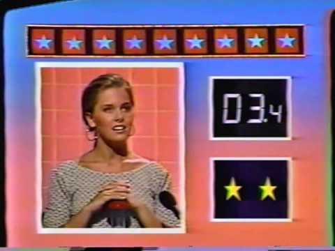 Nicole Eggert and Shannen Doherty  Scrabble 1988