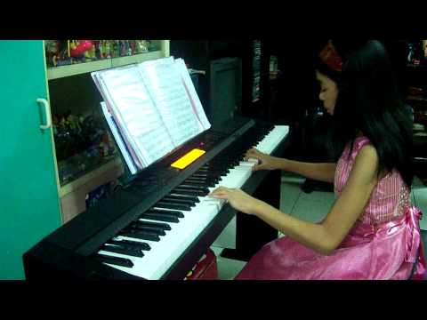 Vera's Theme Piano Cover - played by Helen Mari Publico