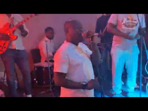 Download REMI ALUKO performing live in Istanbul, Turkey | Powered by BILLYQUE