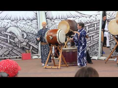 Hana-Hachijo Performed By Murray, Emma And Ro At Arizona Matsuri 2015 Sunday