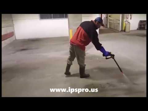 IPSPRO - Powerwashing a garage easily with IPSPRO Sprayer.