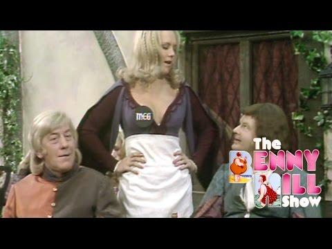 Benny Hill - The Minstrel Boy (1974)