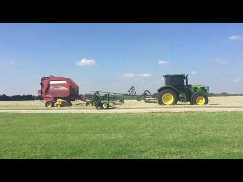 Round Baling with the John Deere 6120R