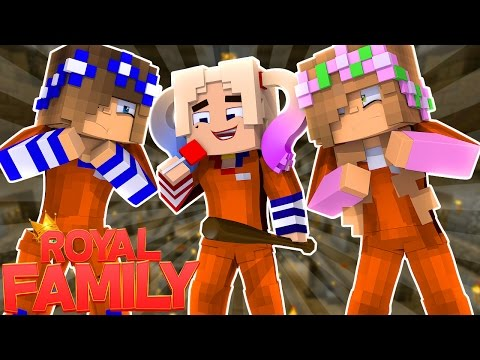 LITTLE KELLY & CARLY MEET HARLEY QUINN IN PRISON! Minecraft Royal Family (Custom Roleplay)