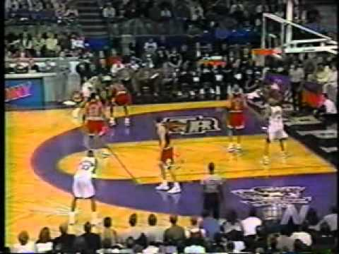 1996 - Damon Stoudemire Wins Rookie of Year