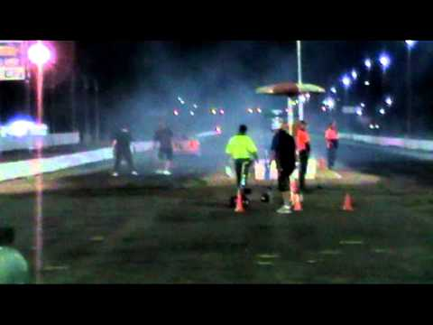 HOLDEN VP COMMODORE 2010 VIDEO AT TOWNSVILLE DRAGWAY