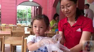 SKY làm bánh trung thu ở trường Việt Úc quận 7 | Cô bé tóc vàng |  Saigon International College
