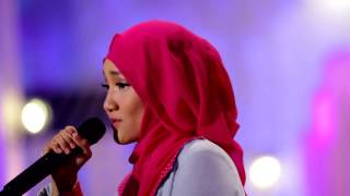 Download Mp3 Fatin Shidqia - Proud Of You Moslem  Live At Music Everywhere  **
