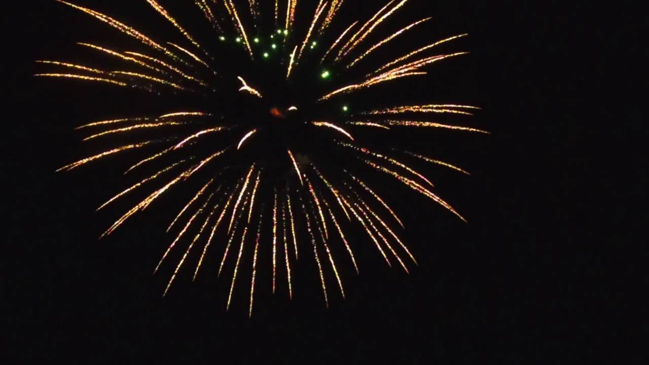 Denton Farm Park Fireworks... dji Phantom 4 - YouTube