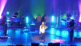 Alanis Morissette - You Learn (Paris, 2012/11/26)